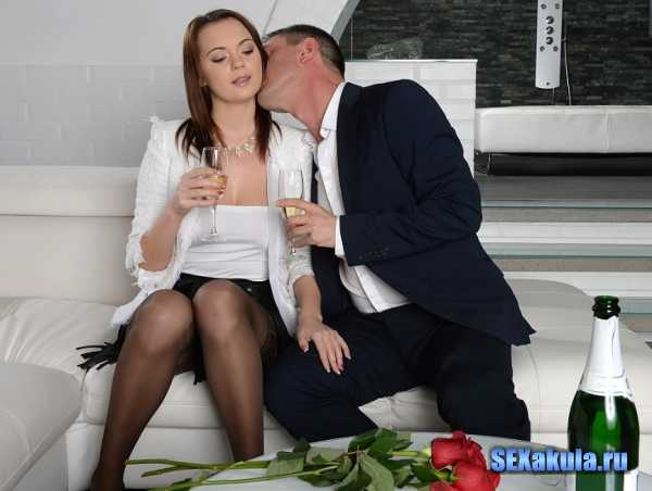 Emily Thorne - Sex And Romance (2017/FullHD + HD)